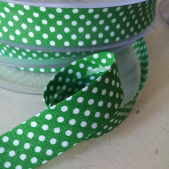 Schrägband - Pünktchenband in Grün