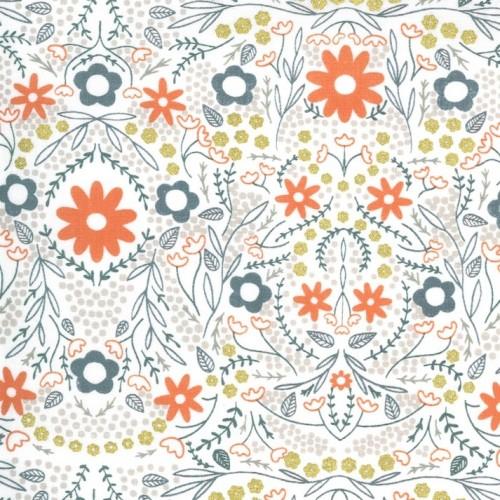 Full Bloom ivory metallic - Dwell in Possibility von Gingiber - Moda Fabrics
